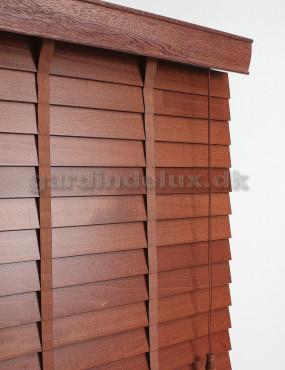 Gudie til afmontering af træpersienner
